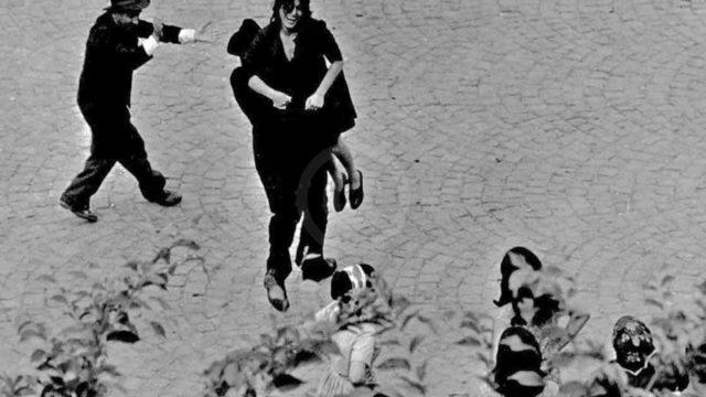 Anna Magnani non si fida del teatro italiano