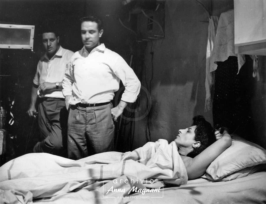 Renato Castellani sul set con Anna Magnani